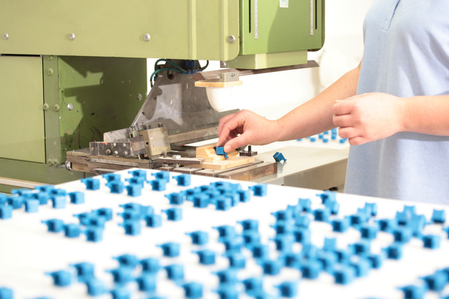 Screen Printing, Pad Printing and In-Mold-Labeling - FROER Group